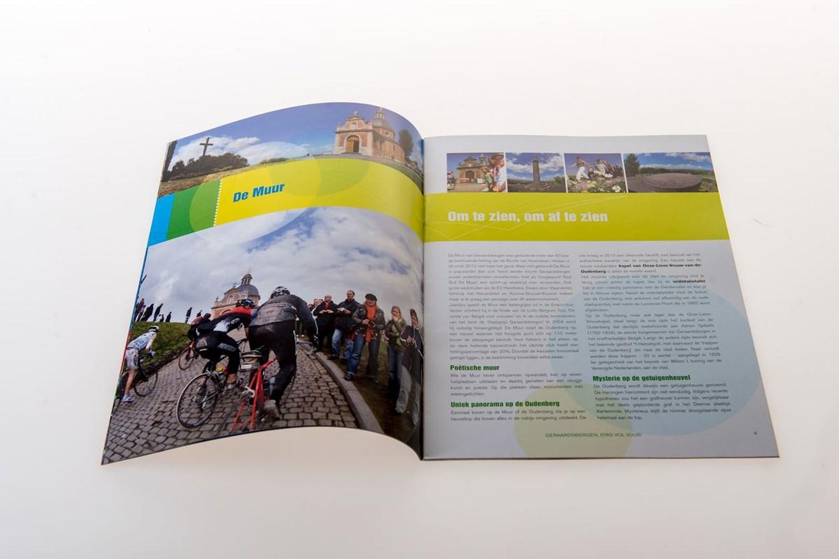 Graphic Design Muur : Portfolio municipal magazines die keure